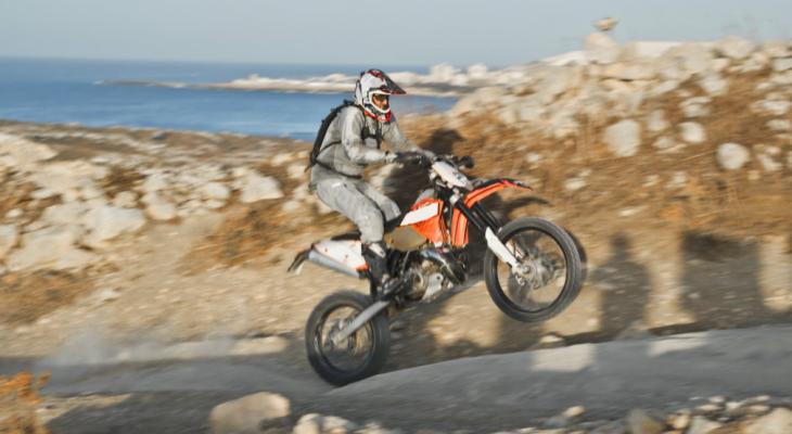 How Bluetooth Motorcycle Helmets Work
